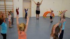 Ranní rozcvička - sportovní aktivity ve školce Crafts For Kids, Relax, Classroom, Exercise, Reading, Children, Youtube, Books, Sports