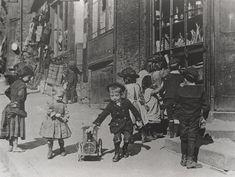 058366:Children playing Pilgrim Street Newcastle upon Tyne Unknown c.1890 | Flickr - Photo Sharing!