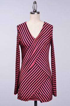 OVERLAPPED AND LAYERED STRIPE TOP