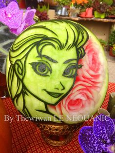 WATERMELON SCULPTURES Donald Duck Watermelon Carving By Mariano - Incredible sculptures carved watermelon