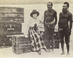 Osa Johnson's reception upon reaching New Hebrides (Vanuatu).