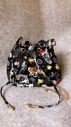 Excited to share the latest addition to my shop: Mini Bucket Bag with Alice in Wonderland Japanese fabric Japanese Fabric, Alice In Wonderland, Bucket Bag, Sewing Patterns, Coin Purse, Etsy Shop, Wallet, Purses, Trending Outfits