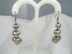Vintage Sterling Silver Mexico Dangle Heart Earrings #vintagejewelry #sterlingsilver #heart #earrings #Mexicojewelry #Valentine'sDay #gift $59.00