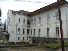 Abandoned Psychiatric Hospital | Emily and Kristina Go To Romania: Abandoned Mental Hospital