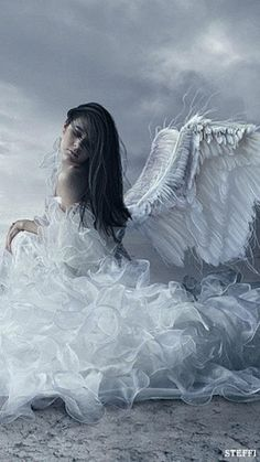Que, dans le pur séjour où l'esprit seul s'envole, - Les anges amoureux se parlent sans parole, - Comme les yeux aux yeux ;.