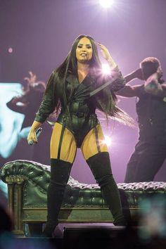 Demi Lovato Legs, Demi Lovato Body, Madame Tussauds, Rachel Ray, Saturday Night Live, American Idol, Cuerpo Demi Lovato, Oprah, Demi Lovato Workout
