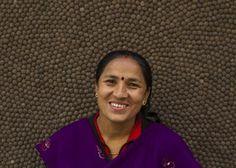 Artesana Bishnu Khad Ka.  Aproximadamente la mitad de nuestro #equipo en Nepal se dedica a la elaboración de bolas de #fieltro, mientras que la otra mitad se encarga de fabricar las alfombras. Varios miembros del equipo ejercen labores de #enseñanza, control de calidad, supervisión y recogida del producto. Si quieres, puedes enviarle un correo electrónico para felicitarla por el esfuerzo y mimo puesto en la elaboración de tu #alfombra. http://www.sukhi.es/conoce-a-nuestro-equipo-en-la-nepal