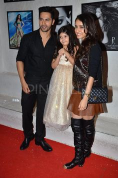 Varun Dhawan and Shraddha Kapoor were clicked at ace photographer Dabboo Ratnani's 2015 calendar launch. Bollywood Images, Bollywood Couples, Indian Bollywood, Bollywood Stars, Indian Celebrities, Bollywood Celebrities, Varun Dhawan Wallpaper, Varun Dhawan Instagram, Shraddha Kapoor Cute