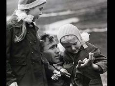Василий Макарович Шукшин (1929 — 1974) - русский писатель, кинорежиссер, актер. Заслуженный деятель искусств России. В рассказах (сборник «Сельские жители», 1963, «Там, вдали», 1968, «Характеры», 1973), романе «Любавины» и фильмах («Живет такой парень», «Печки-лавочки», «Калина красная») — многообразие современных социально-психологических типов, образы «странных» людей из народа, несущих в себе нравственную чистоту и требовательность к жизни…
