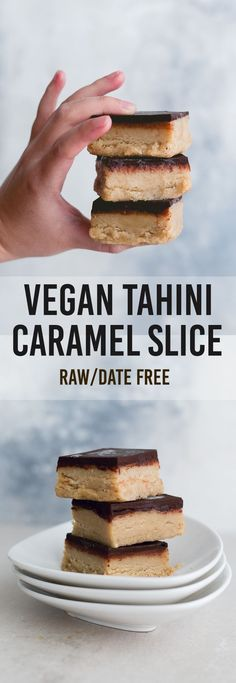 A delicious Raw Vegan Tahini Caramel Slice – easy to make, full of wholesome ingredients and completely DATE FREE. A delicious Raw Vegan Tahini Caramel Slice – easy to make, full of wholesome ingredients and completely DATE FREE. Healthy Vegan Dessert, Cake Vegan, Raw Vegan Desserts, Vegan Dessert Recipes, Vegan Sweets, Raw Food Recipes, Gourmet Recipes, Cake Recipes, Raw Vegan Brownies