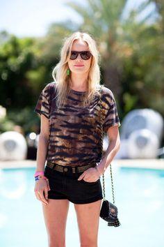 Kate in Coachella wearing the tiger print t-shirt! feeling wild!