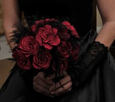 Alternative, Gothic or Non-Traditional bouquets and accessories