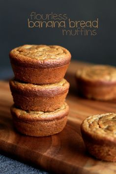 Flourless banana bread muffins that are gluten-free, sugar-free, dairy-free, grain-free, oil-free and whipped up in the blender in under 5 minutes flat. Banana Bread Muffins, Gluten Free Banana Bread, Gluten Free Muffins, Banana Bread Recipes, Gluten Free Desserts, Muffin Recipes, Sugar Free Muffins, Healthy Banana Muffins, Bananas