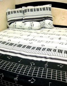 This music themed pin has good contrast of colors (black and white) and it has variety of piano themed ideas like piano, stave, music notes and more musical symbols Home Music, Piano Music, Piano Keys, Music Bedroom, Bedroom Decor, Music Rooms, Music Themed Rooms, Men Bedroom, Bedroom Black