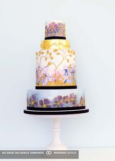 Wedding Cake Hand Painted With Watercolor Effect And Gold Details Unique Cakes Metallic