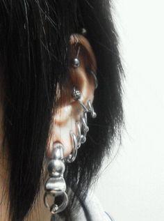 Pretty Ear Piercings, Ear Peircings, Whiskey Old Fashioned, Ear Jewelry, Body Jewellery, Jewlery, Body Modifications, Pink Eyes, Piercing Tattoo