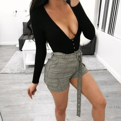 814fa9d9a949 x Laura's Boutique x · Chill Outfits, Spring Outfits, Stretchy Material,  Clueless, High Waisted Shorts, Mini