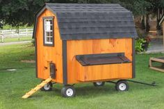 Buy an Amish Chicken Coop in PA - Backyard Hen House For Sale