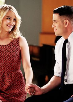 """Quinn and Puck perform in the """"New Directions"""" episode of GLEE"""