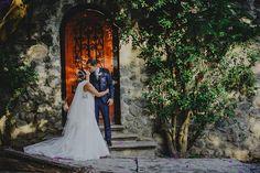 """""""Para un buen matrimonio hay que enamorarse muchas veces, siempre de la misma persona."""" Mignon McLaughlin #bodas #anticavilla #wedinstyle #specialday"""