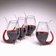 #Design e inovação! Você beberia em uma dessas taças de #vinho? #criatividade