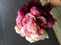 Ombre-Wedding-Bouquet-from-Kate-Parker-Designs - zankyou.us