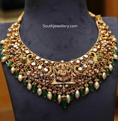 Indian Jewellery Designs - Page 7 of 1780 - Latest Indian Jewellery Designs 2020 ~ 22 Carat Gold Jewellery one gram gold Indian Jewelry Sets, Indian Wedding Jewelry, Bridal Jewelry, India Jewelry, Jewelry Design Earrings, Gold Earrings Designs, Necklace Designs, Jewellery Designs, Gold Temple Jewellery