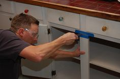 Discover the benefits of removing the center stile from your ‪#‎KitchenCabinets‬: better visibility, easier access, improved organization and room for nice, wide ‪#‎PullOutShelves‬. Best of all? The exterior look is unchanged.  http://www.shelfgenie.com/