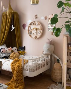 43 dusty pink bedroom walls that can be pretty and peaceful 1 Dusty Pink Bedroom, Pink Bedroom Walls, Girls Bedroom, Pink Bedrooms, Small Bedrooms, Pink Walls, Bedroom Ideas, Baby Room Boy, Baby Room Shelves