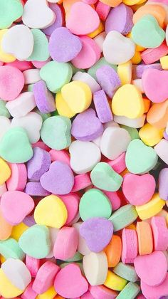 Pile of Valentines day hearts VSCO wallpaper - Cute Food Wallpaper, Et Wallpaper, Homescreen Wallpaper, Colorful Wallpaper, Cute Wallpaper Backgrounds, Wallpaper Iphone Cute, Pretty Wallpapers, Galaxy Wallpaper, Bonbons Pastel