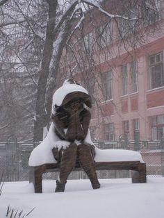 Ayer cerca de Szeged, Hungary    kalap alatt (tavalyi fotó) Hungary, Snowman, Outdoor Decor, Home Decor, Decoration Home, Room Decor, Snowmen, Home Interior Design, Home Decoration