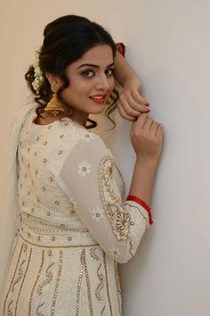 Glamours Actress Wamiqa Gabbi Hot Stills In White Dress Beautiful Indian Actress, Beautiful Actresses, Beautiful Women, Punjabi Actress, Bollywood Actress, Twisted Bangs, Long White Hair, Wamiqa Gabbi, Hollywood Actress Photos