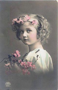 https://flic.kr/p/5hp4ei | Vintage Postcard ~