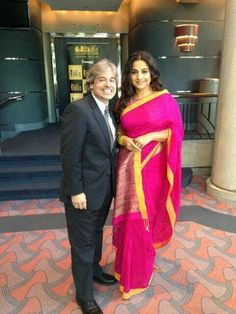 Vidya Balan went to Tampa Bay on Friday to promote IIFA which is a part of the IIFA special multi-city promotional tour. IIFA will be held on Ap. Indian Sarees, Silk Sarees, Saris, Vidya Balan, Latest Sarees, Other Outfits, Bollywood Celebrities, Saree Blouse Designs, Outside Movie