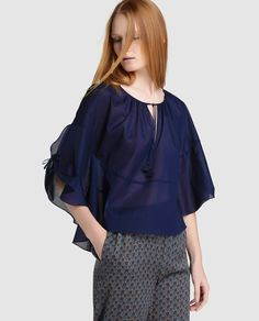 Síntesis women& navy blue blouse with French sleeves Navy Blue Blouse, Navy Women, Ruffle Blouse, French, Sleeves, Tops, Fashion, Moda, French People