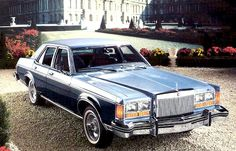 1977 Lincoln Versailles in Tu-Tone Wedgewood Blue and Midnight Blue