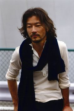 Tadanobu Asano hot pic ( of Handsome Asian Men, Handsome Man, Le Vent Se Leve, Asian Men Hairstyle, Men's Hairstyle, Workout Hairstyles, Myrna Loy, Hottest Pic, Asana
