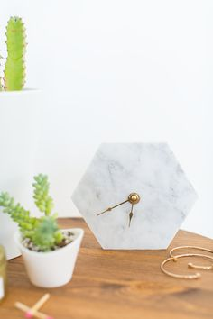 DIY Mini Hexagon Marble Wall Clock