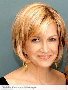 Best Short Haircuts for Older Women-4