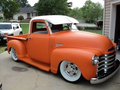 1950 Chevrolet on an S10 frame. I'll take two.