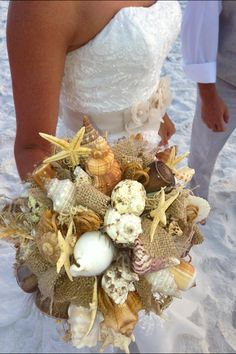 Seashell bouquet with burlap!!