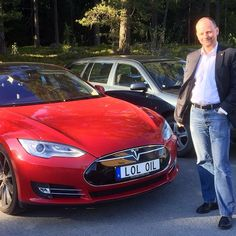 Meet the man behind one of the funniest number plates: Fredrik from Sweden. #ModelS #Tesla #cars #Sweden #horsepower #FF #sportscar #engine