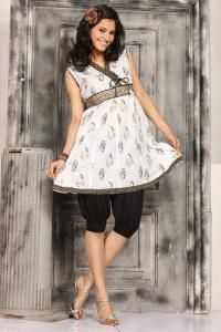 Best online Indian kurti store rajasthanisarees.com provides indian kurti, designer Kurti, colorful kaftan tops and many more.