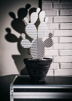 Cactus Camaleo Pois di HoneycombDesignShop su Etsy