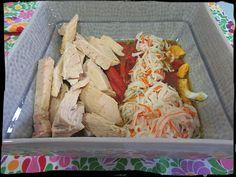 Ensalada de pimientos asados, ventresca y surimi al ajillo