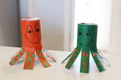 When you've got kids you tend to go through a lot of toilet paper, somehow they manage to zoom through a roll in a matter of minutes. Why not put those left over toilet rolls to good use, and get a little bit crafty.