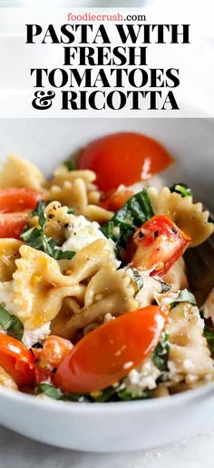 PASTA WITH FRESH TOMATOES & RICOTTA | foodiecrush.com This easy pasta dish comes together in less than 15 minutes with a fresh tomato sauce made even healthier with whole wheat pasta and spinach that's topped with ricotta cheese. This is where healthy meets happy! #pasta #freshtomatoes #ricotta #recipes #basil Fresh Basil Recipes, Recipes With Fresh Tomatoes, Italian Dishes, Italian Recipes, Easy Pasta Dishes, Tomato Dishes, Vegetarian Recipes, Wheat Pasta Recipes Healthy, Recipes With Ricotta Cheese