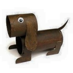 DIY Animal Craft Ideas With Toilet Paper Rolls Cardboard tubes are not only recyclable materials, but also a source of creativity. The next little DIY projects are all about transforming cardboard tubes Toilet Roll Craft, Toilet Paper Roll Art, Rolled Paper Art, Toilet Paper Roll Crafts, Diy Paper, Origami Paper, Dog Crafts, Animal Crafts, Toddler Crafts