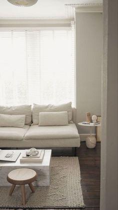 's stunning living room is a calm respite Living Room Inspiration, Home Decor Inspiration, Söderhamn Sofa, Living Room Decor, Living Spaces, Deco Studio, Interior Architecture, Interior Design, Minimalist Home
