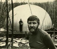 stan vanderbeck   Stan VanDerBeek in front of his Movie-Drome in Stony Point, N.Y., in ...